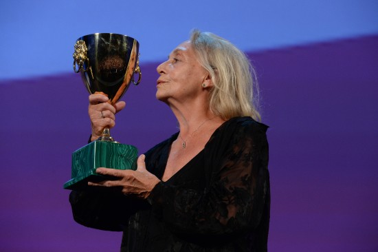 10484-Award_Ceremony_-_Coppa_Volpi_for_Best_Actress_-_E._Cotta_-____la_Biennale_di_Venezia_-_Foto_ASAC__3_